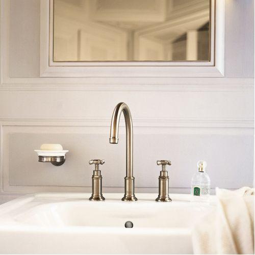 Коллекция смесителей для ванной комнаты Montreux