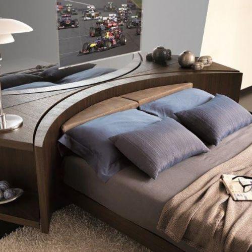 Кровать Club LCD, дизайнеры Леоне и Маззари (Leone e Mazzari)