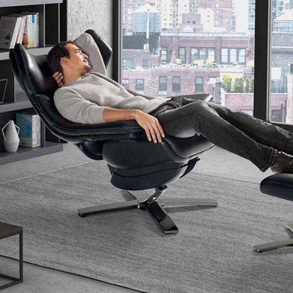 Кресло и пуф Re-vive  со скидкой 30%